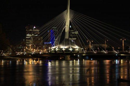 Vista nocturna de Winnipeg